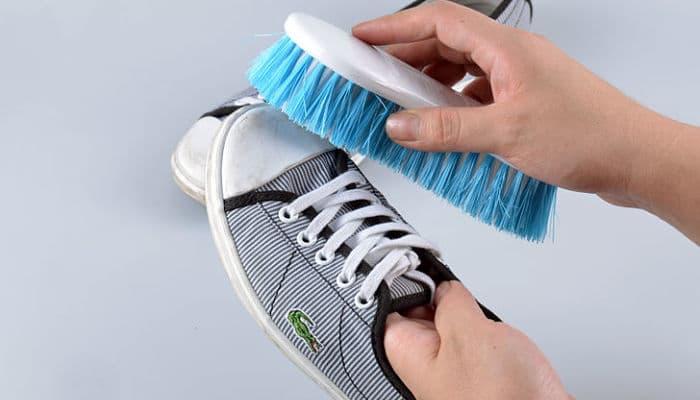Cómo hacer el transporte de zapatos en una mudanza